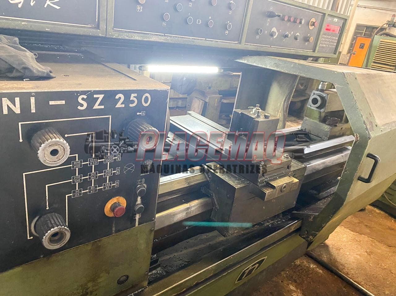 TORNO CNC NARDINI SAGAZ MOD. GPR SZ 250 / TORNO CNC NARDINI NODUS MOD.GPR ND 195E
