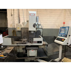 Fresadora CNC Travis  - M6